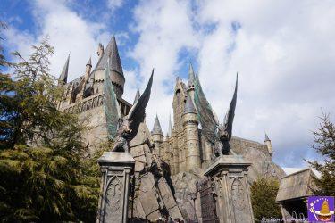 USJハリポタエリアのホグワーツ魔法魔術学校