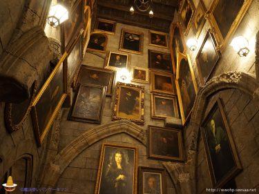 ハリポタ壁紙その1:ホグワーツ城の動く肖像画 スマホ&パソコン用