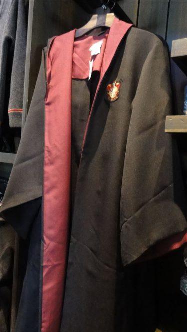 グリフィンドールのローブを手に入れよう♪ ワイズエーカー魔法用品店(USJハリポタ)