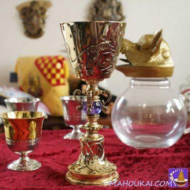 ハリポタ レプリカグッズ:ダンブルドアのゴブレット(Dumbledore's Cup)で祝杯をあげよう♪(ノーブルコレクション)