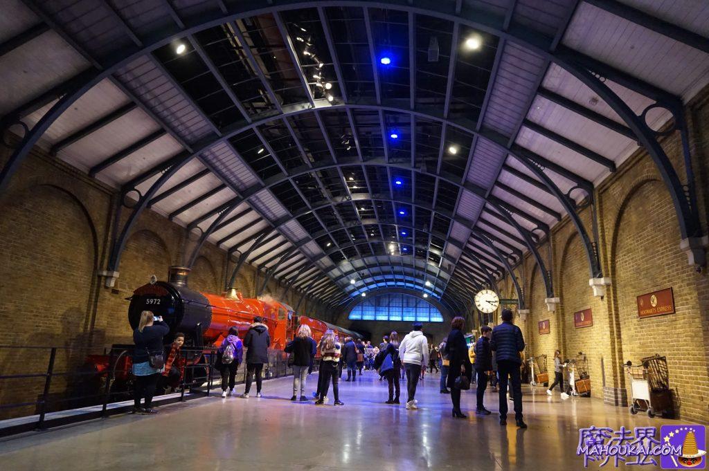 キングスクロス駅のセット&ホグワーツ特急 ワーナーブラザース ハリーポッタースタジオツアー(英国/ロンドン)