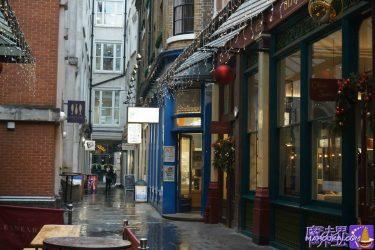 レドンホールマーケット 漏れ鍋の外観 映画ハリーポッターと賢者の石(ハリーポッターのロケ地巡り in ロンドン)