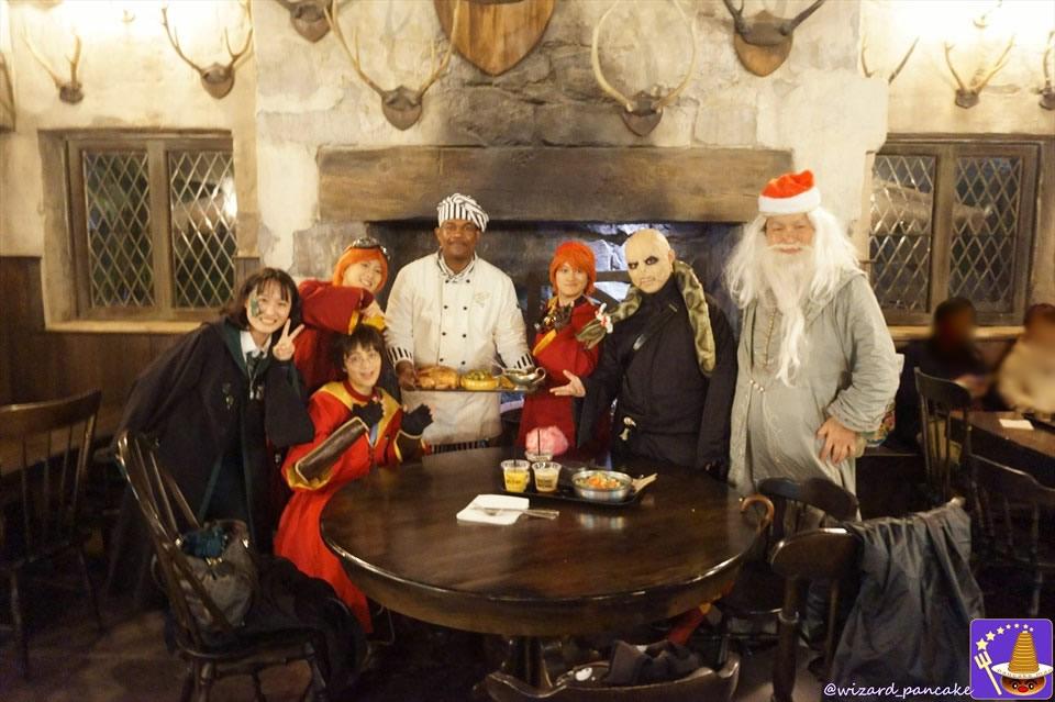 三本の箒の冬限定のクリスマスフィースト&クリスマスデザートフィースト♪(USJハリポタ魔法界のクリスマス)魔法使いパンケーキマン・ダンブルドア