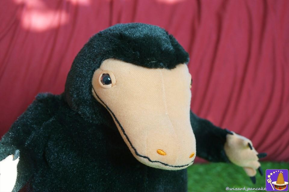 魔法動物ニフラーを捕まえよう♪ゲームセンターのクレーンゲームに『BIGぬいぐるみ』で登場!(ファンタビ)魔法使いパンケーキマン・スキャマンダー