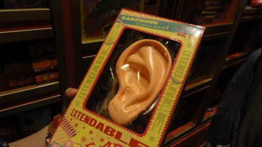 伸び耳(ゾンコのイタズラ専門店)USJ