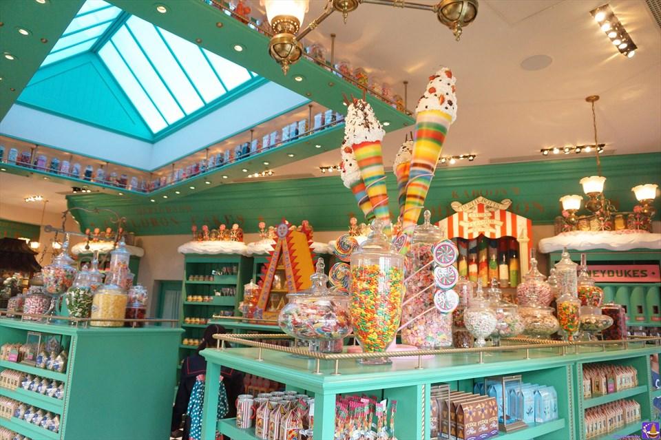 ハニーデュークス 店内 お菓子、キャンディ、チョコレートなどが沢山ある♪USJハリーポッター エリア