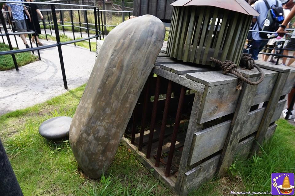 【隠れスポット】ハグリッドの小屋の周辺は小ネタが沢山じゃ!ヒッポグリフに乗る前に色々探して楽しもう♪(USJハリポタ魔法界)魔法使いパンケーキマン・ダンブルドア