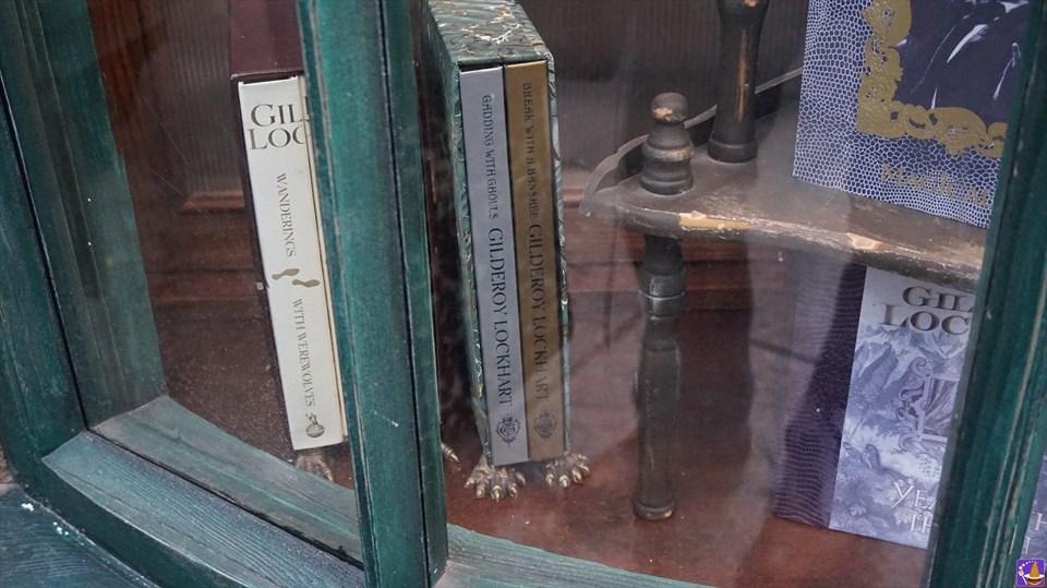 ギルデロイ・ロックハート先生の自伝は自費出版だった!?トムス&スクロールス ホグズミード村(USJ魔法界)魔法使いパンケーキマン ダンブルドア