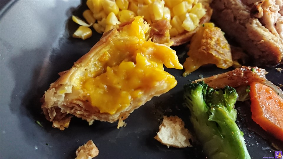 2017年ハロウィンは三本の箒で食事『ハロウィンプレート』と『バタービール プディング』を食べよう♪(USJハリポタ)魔法使いパンケーキマン・ダンブルドア