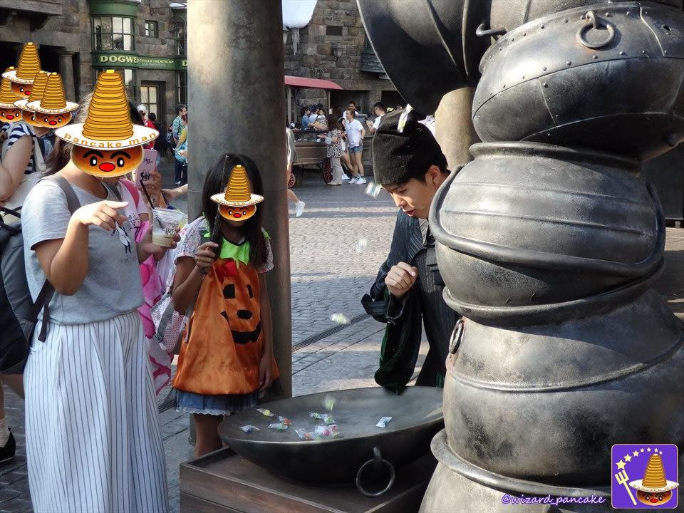 マジカル・トリック・オア・トリート 魔法界ハロウィンでは呪文を成功させて沢山のキャンディーを貰おう♪(USJハリポタ ホグズミード村)魔法使いパンケーキマン ダンブルドア