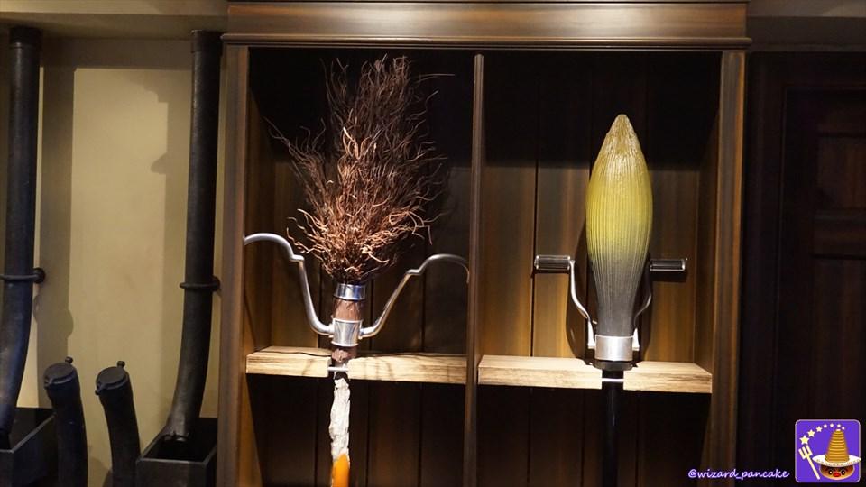 ニンバス2001やファイアボルトの箒が買えるぞ!ダービシュ・アンド・バングズ(USJハリポタ ホグズミード)魔法使いパンケーキマン ダンブルドア