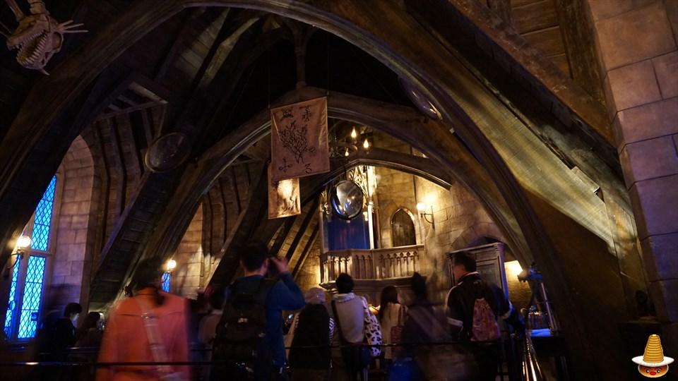 ホグワーツキャッスルウォーク 闇の魔術の防衛術の教室 ホグワーツ城見学 USJハリーポッター エリア