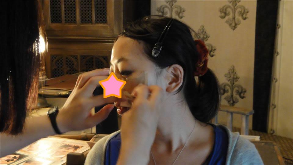 三大魔法学校対抗試合の控テントでフェイスペイント♪(ハリポタUSJ)魔法使いパンケーキマン